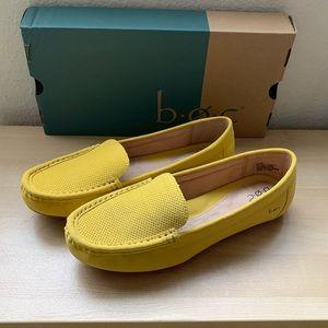 B.O.C. Women 8.5 M Loafer. Yellow